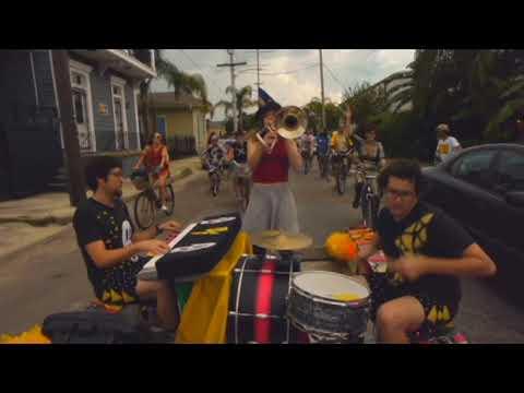 Transportainments The Extra Big Ass Bike Trailer Rides Yojimbo Performing Subliminal Socretes