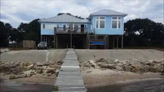 США. Американский дом в аренду на берегу залива