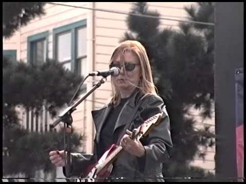 Bonnie Hayes @ Castro Street Fair. San Francisco, CA (FULL SET)