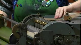 Percetakan Modern dengan Mesin Antik - Liputan Feature VOA Mp3