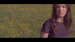 Clara Louise - Das Leben geht weiter (Official Video)