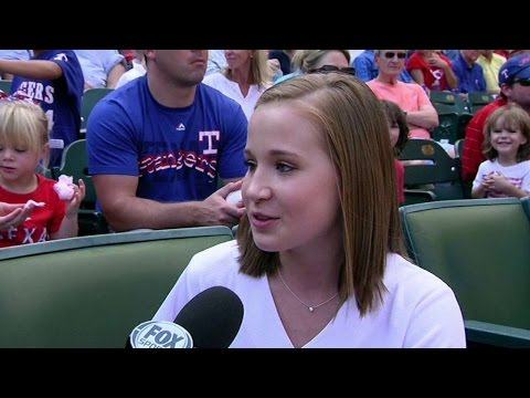 HOU@TEX: Kocian throws out first pitch at Globe Life