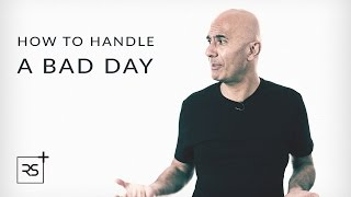 how-to-stay-positive-on-a-bad-day-robin-sharma
