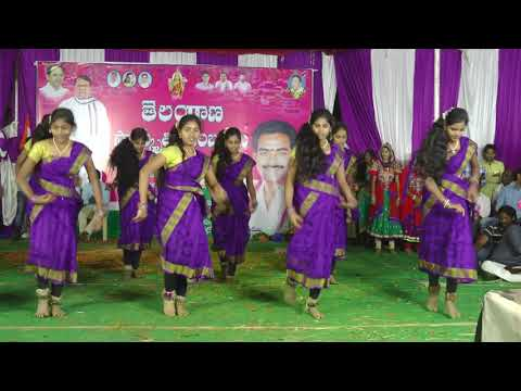 PUTTA MIDA PALA PITTA DANCE BY BHARATHA RATNA JUNIOR COLLEGE BANAWADA