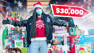 Giving $30,000 in Christmas Gifts to Strangers - Helping SANTA CLAUS