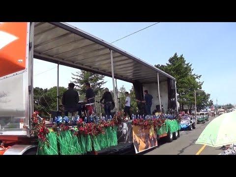 Rhody Parade in Florence, Oregon 2017! - Vlog by Sam Figura