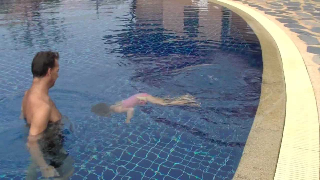 linnea freediving in a 5 ft swimming pool youtube