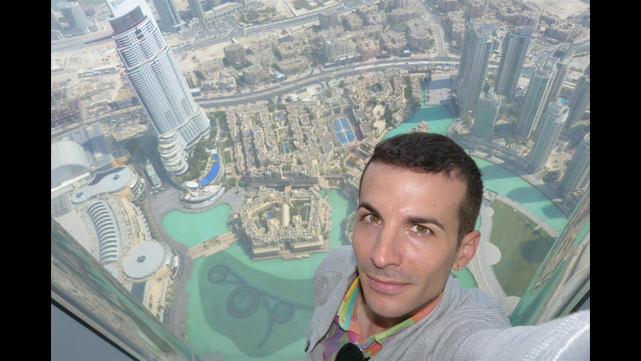 At the top sul grattacielo pi alto del mondo burj for I piu fighi del mondo