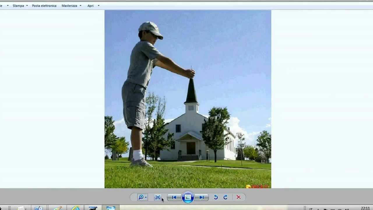 Come mettere un'immagine sul desktop ...