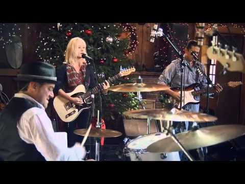 Shelby Lynne -- Xmas [Live from Daryl's House #61-06]