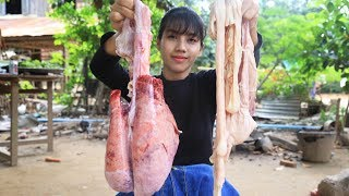 Primitive Technology: Cooking skill pig intestines recipe | Cooking skill