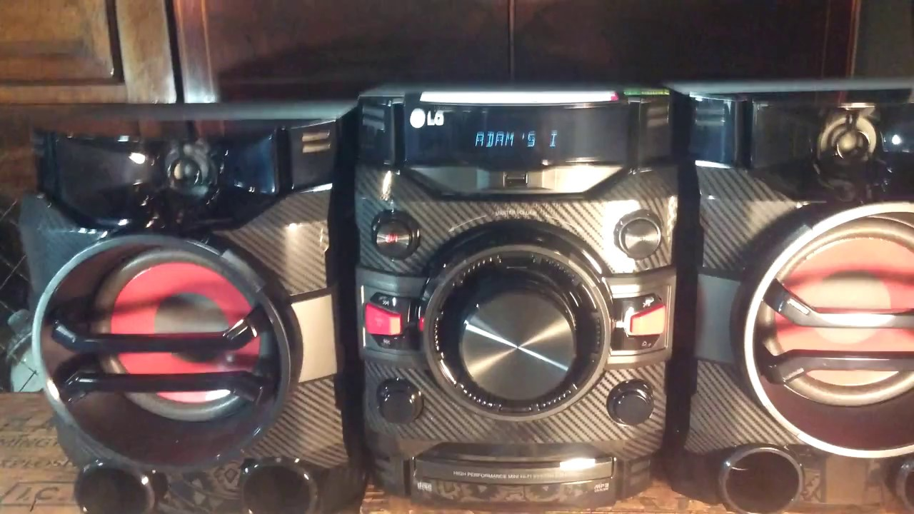 LG CM4360 - YouTube