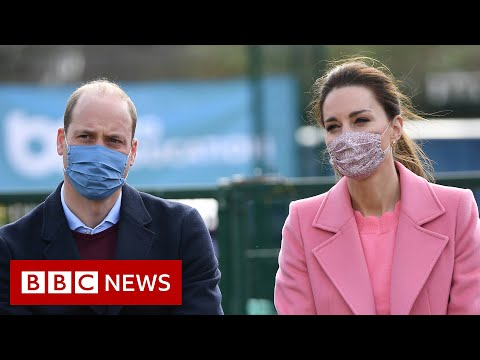 Royals 'not a racist family', Prince William says - BBC News