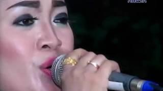 Download Video KERINDUAN - YANI ft JARWO - CS KALIMBA MUSIK - LIVE MOJOSONGO MP3 3GP MP4