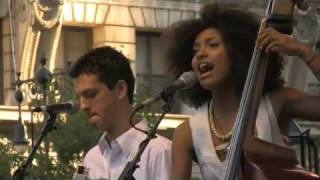 "Esperanza Spalding ""I Adore You"" at J&R"