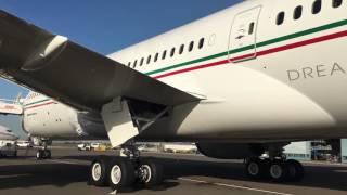 Walk Around the Dreamliner ! Airframe & Cockpit -- Royal Air Maroc Boeing 787 CN-RGU