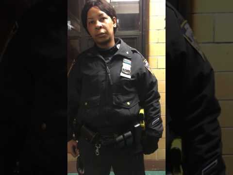 NYPD Cops Get Owned In The Projects By A DominicanGuy #RompeToto
