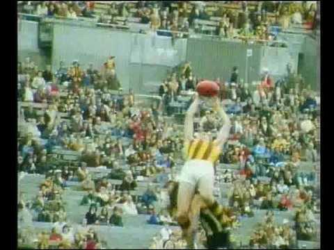 VFL Football theme 1979 - Up There Cazaly