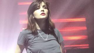 chvrches cover a 14 year old boy s love song laurel