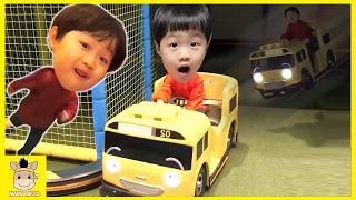Indoor Fun Playground for kids toys how to play Tayo Bus тайо Finger Family | MariAndKids Toys