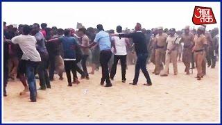Jallikattu Protesters Defy Police Orders To Leave Marina Beach