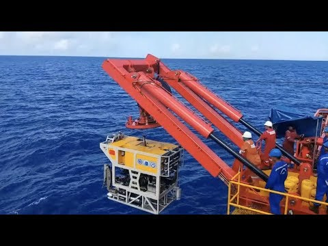 China Completes 6,000-meter Underwater Vehicle Test