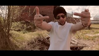 Repeat youtube video 4tune - Einer muss es ja Tune (prod. by Abaz) [Official HD Video]