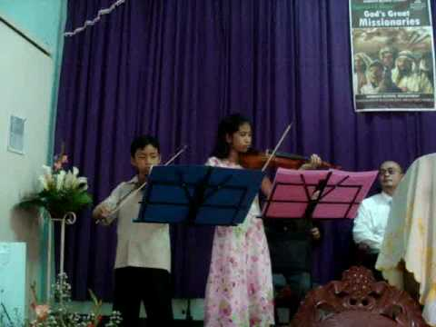 maiden jOy sarmienTo pLAys as the deEr with hEr co...