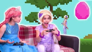 PRINCESS VIDEO GAMES | Esme Makes a Game for Olivia! - Princesses In Real Life | Kiddyzuzaa
