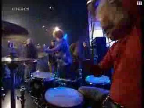 Bomfunk MC's feat. Jessica Folker - Something going on (live)