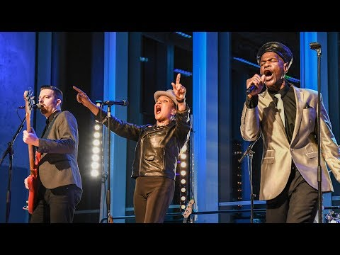 The Selecter - On  My Radio/Too Much Pressure (The Quay Sessions)