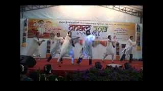 Funny Couple Dance - Malayalee - Onam
