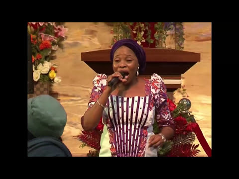 TOPE ALABI MINISTRING at RCCG (Victory Chapel)