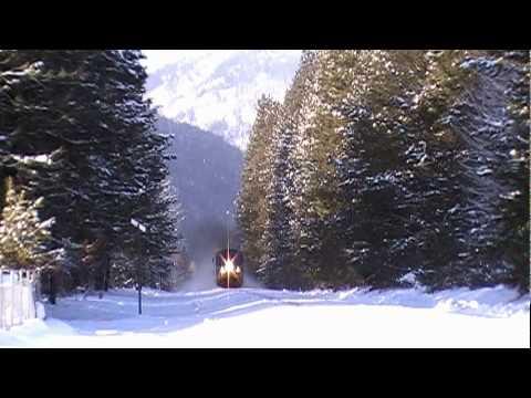 Leavenworth Snow Train/Leavenworth's Christmas Lighting Festival ...
