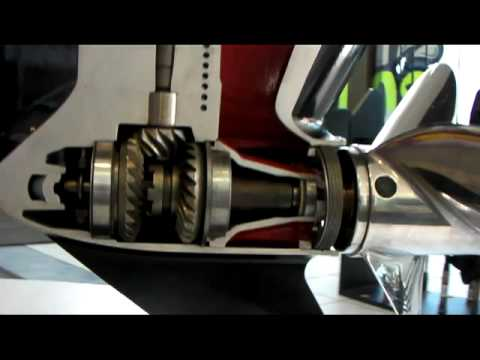 Lower unit training video cut away display omc cobra s for Outboard motor repair training online