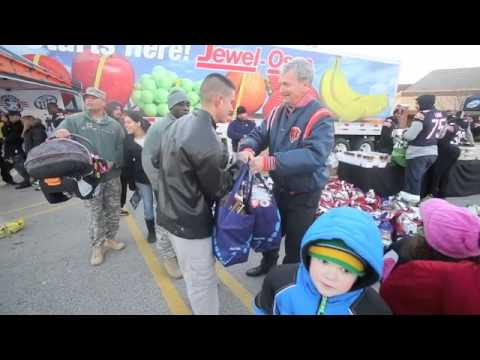 Veterans receive free turkeys