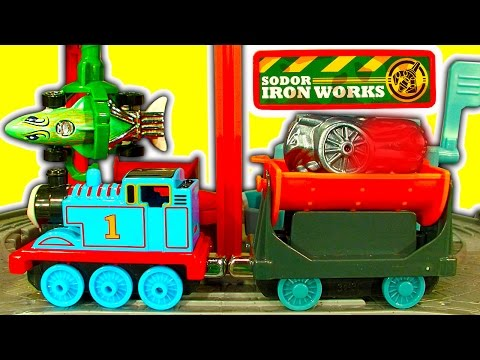 Thomas At The Ironworks Take N Play Color Change Hot Wheels Fun Toy Review
