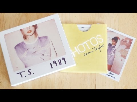 Taylor Swift 1989 CD with Photo Set Unboxing & Review