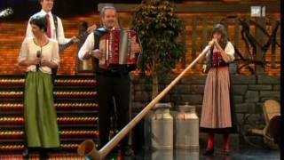 Melanie Oesch yodels, Lisa Stoll plays the Alpine Horn, great medley of songs. thumbnail
