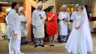 """Свадьба - мюзикл """"КУХНЯ"""". В ролях реальные жених и невеста."""
