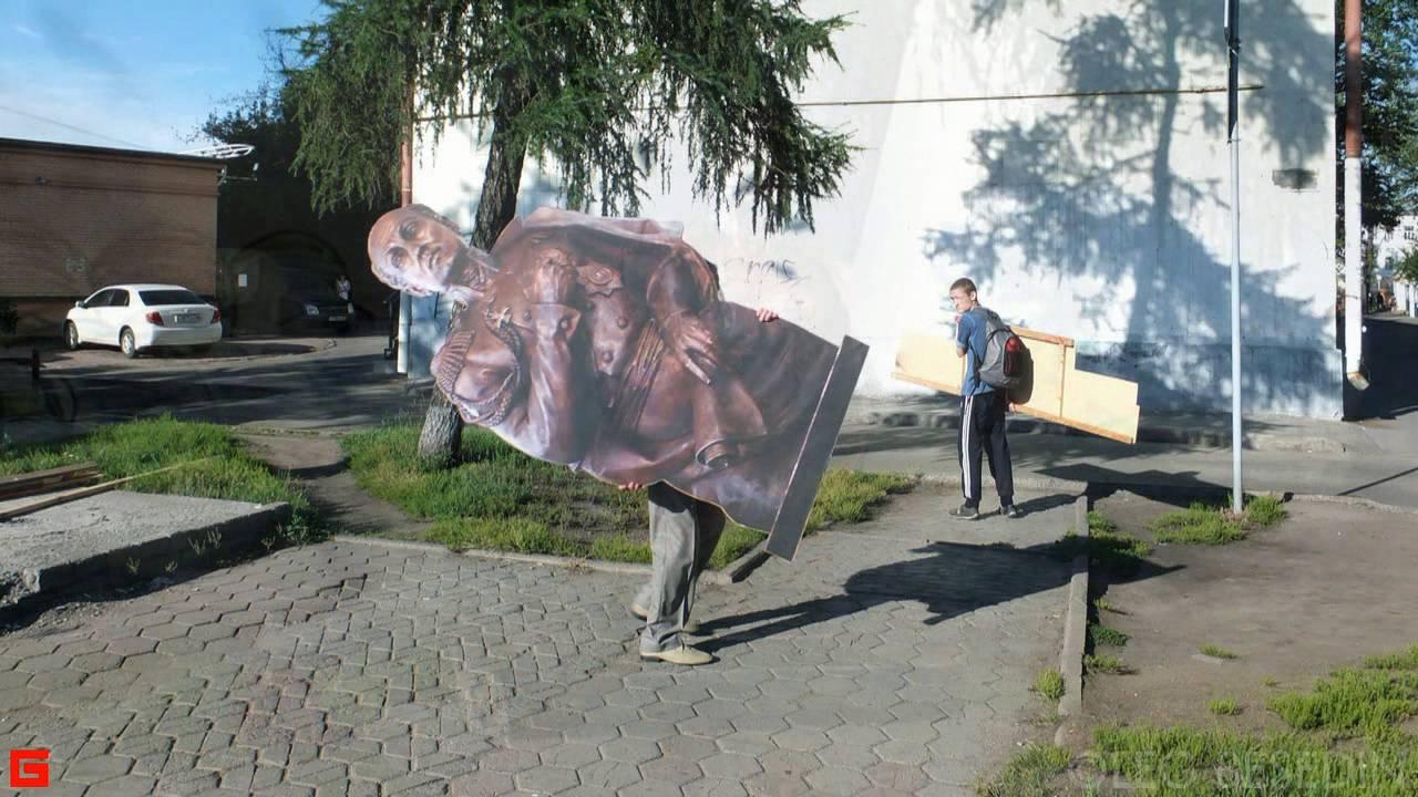 Памятник Сперанскому на улице Желябова в Иркутске ©.BESEDIN