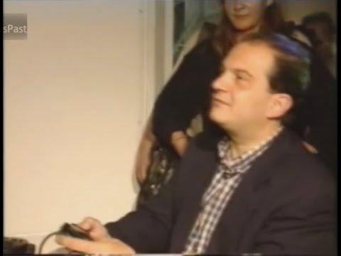 (1997) Πρόσωπα / Κ. Καραμανλής και Playstation