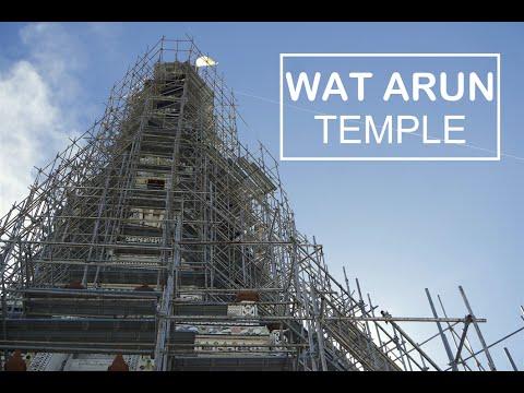 Exploring: Wat Arun temple