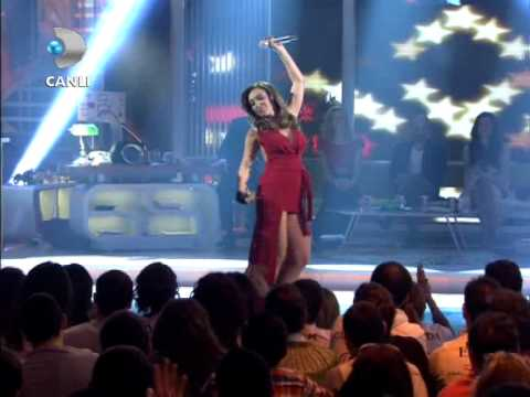 Ziynet Sali - Bize Yeter...Sen Mutlu Ol { Beyaz Show } 23.03.2012
