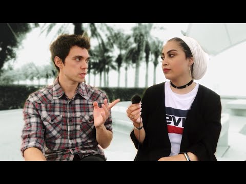 Chatting With A Kuwaiti Girl [Full Video]