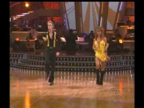 Aaron Carter and Karina Smirnoff dance Samba(90s's style) - DWTS Season 9 Week 8