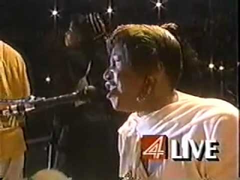 Aretha Franklin - Surely God Is Able