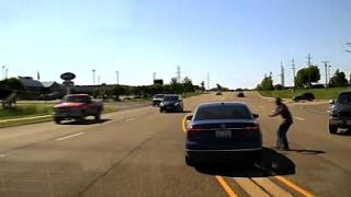 Man Jumps into Moving Car, Saves Seizure Victim
