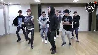 BTS bailando (*corazón de maluma*)