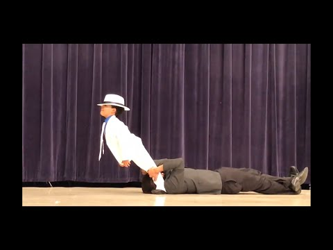 6 year old Joseph smashes Smooth Criminal in talent show and hits the Lean
